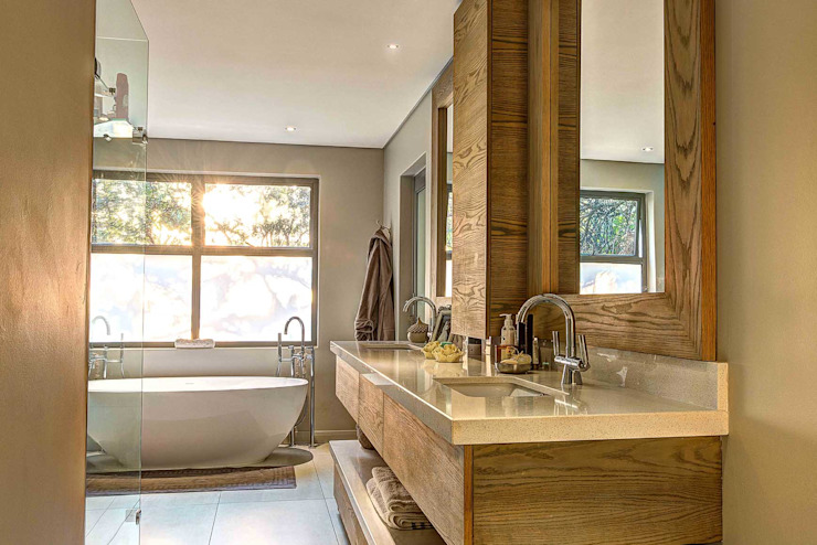 Modern bathroom by Swart & Associates Architects Modern