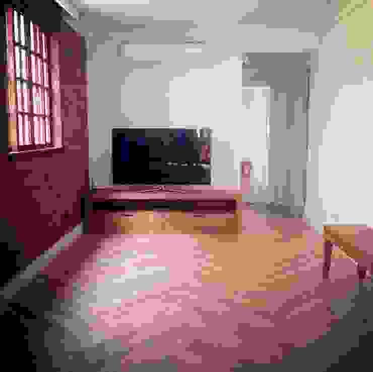 Casa Veloso Salas de estar ecléticas por TR3NA Arquitetura Eclético