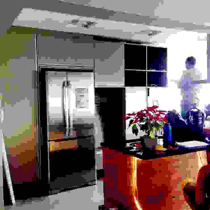 Cozinhas modernas por TR3NA Arquitetura Moderno