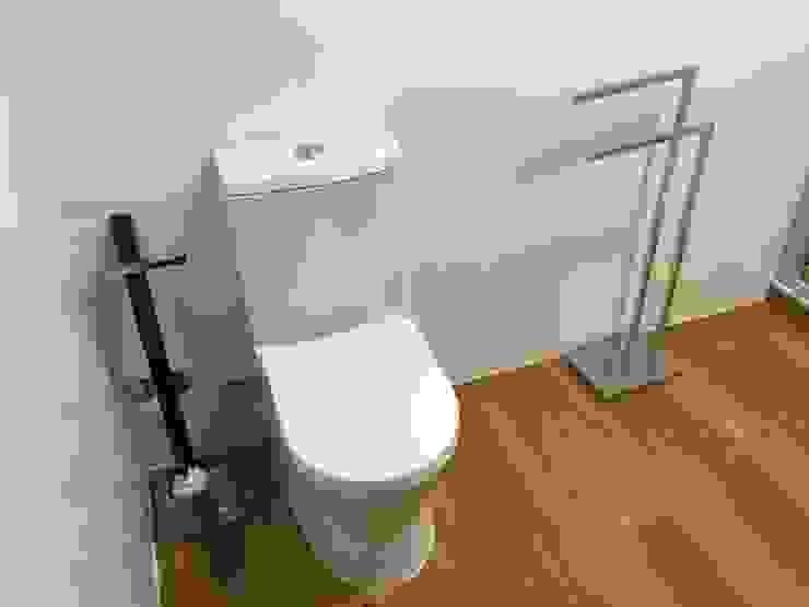 Salle de bain moderne par Obras & Detalhes, Engenharia e Construção Moderne