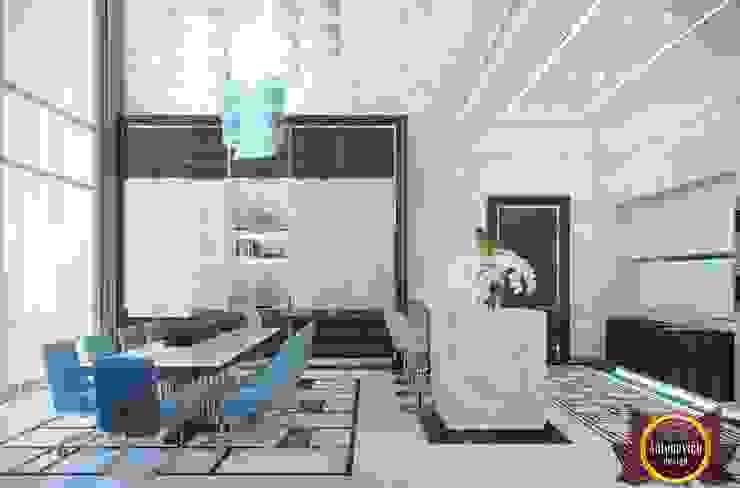 Dining room interior of Katrina Antonovich Modern dining room by Luxury Antonovich Design Modern