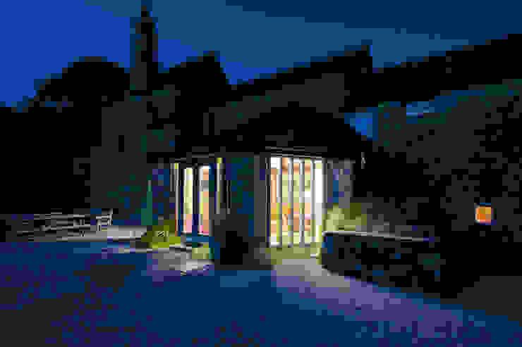 Old Newnham Farm Classic style garden by ADG Bespoke Classic