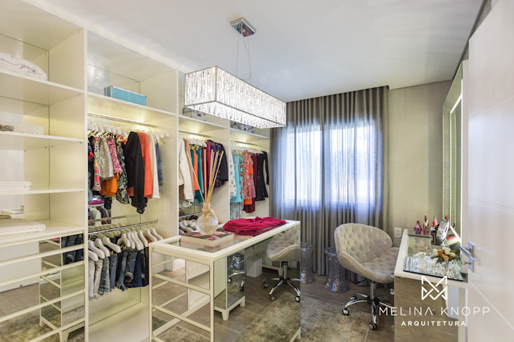 Melina Knopp Arquitetura Classic style dressing room