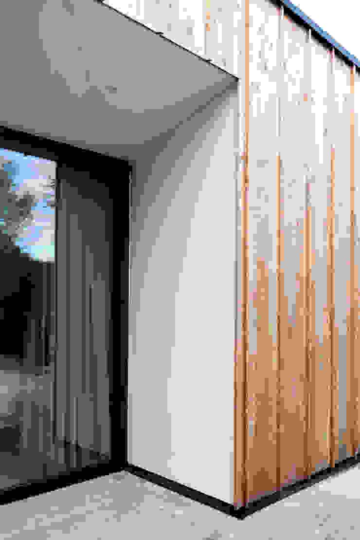 Casas de estilo moderno de Kevin Veenhuizen Architects Moderno Madera Acabado en madera