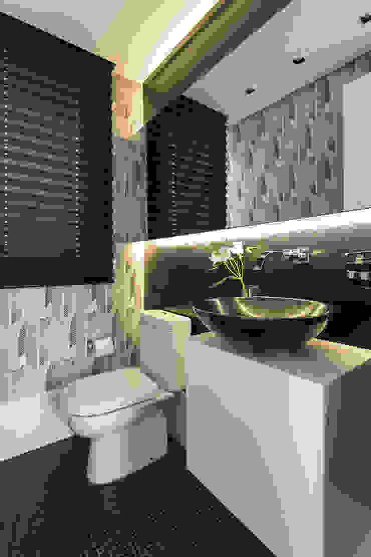 LAVABOS Banheiros modernos por Pura!Arquitetura Moderno