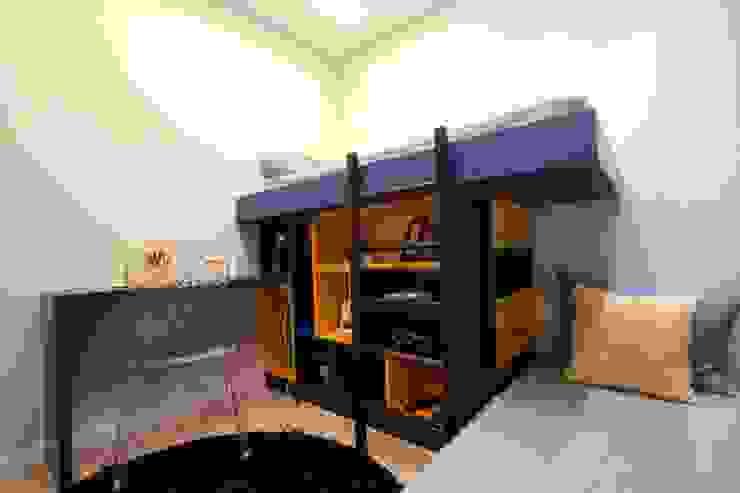 Quarto filhos em azul e amarelo Pricila Dalzochio Arquitetura e Interiores Quarto infantil moderno Azul