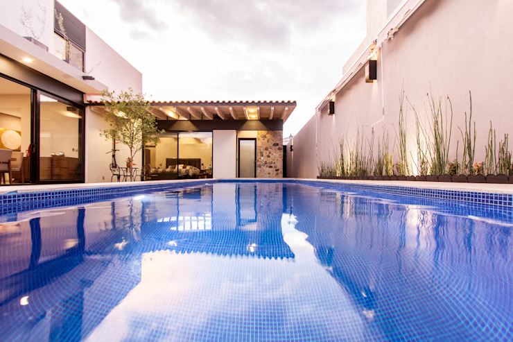 Alberca Albercas modernas de Loyola Arquitectos Moderno