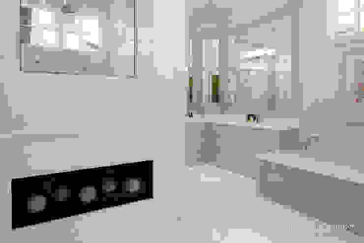 Ванные комнаты в . Автор – Chibi Moku,