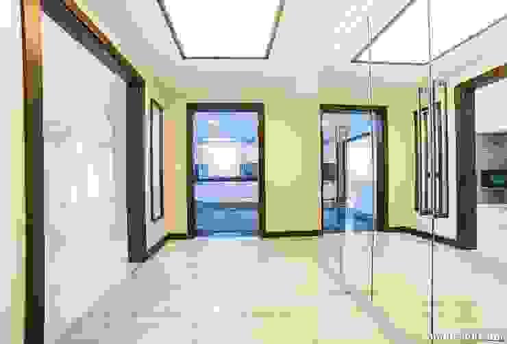 Özer Residence Minimalist Koridor, Hol & Merdivenler Onn Design Minimalist Granit