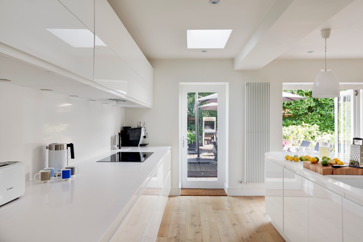 House Renovation and Extension Tenterden Kent STUDIO 9010 ห้องครัว White