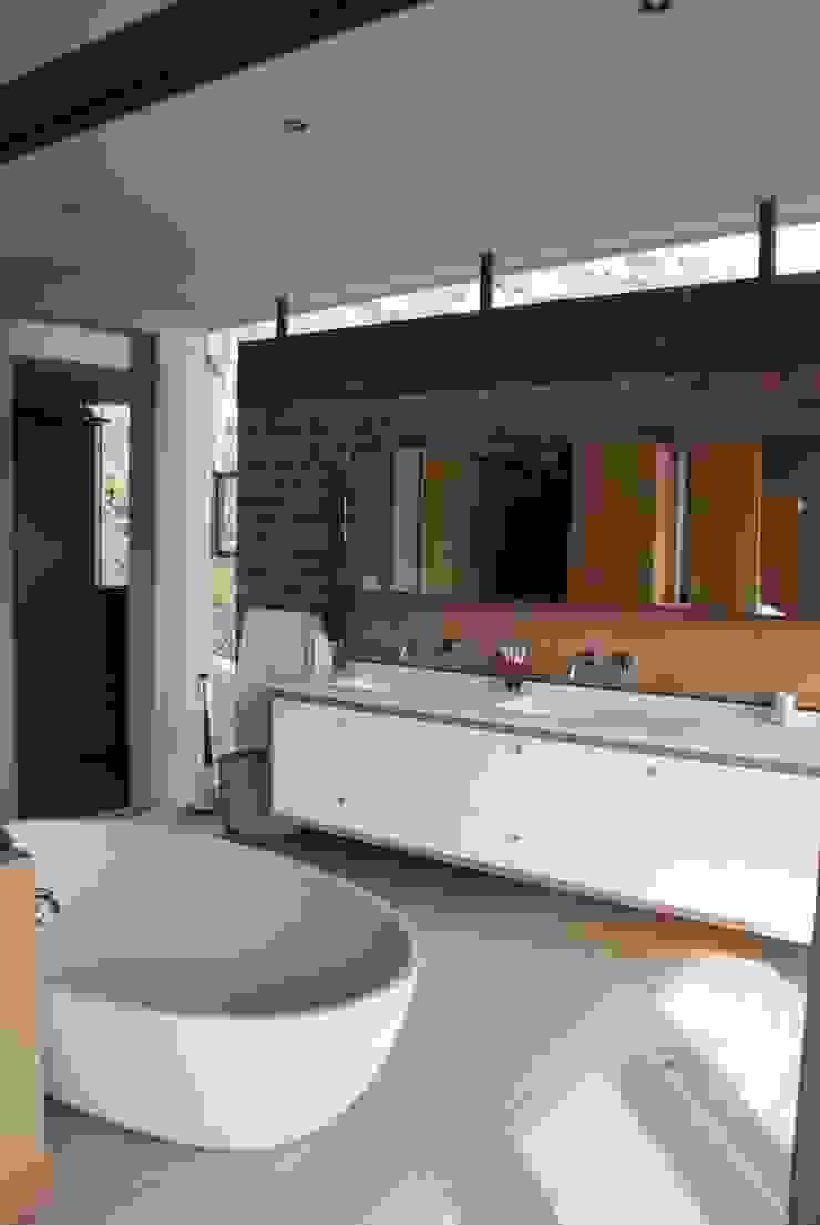 New Private Home in Llandudno Modern bathroom by Gallagher Lourens Architects Modern