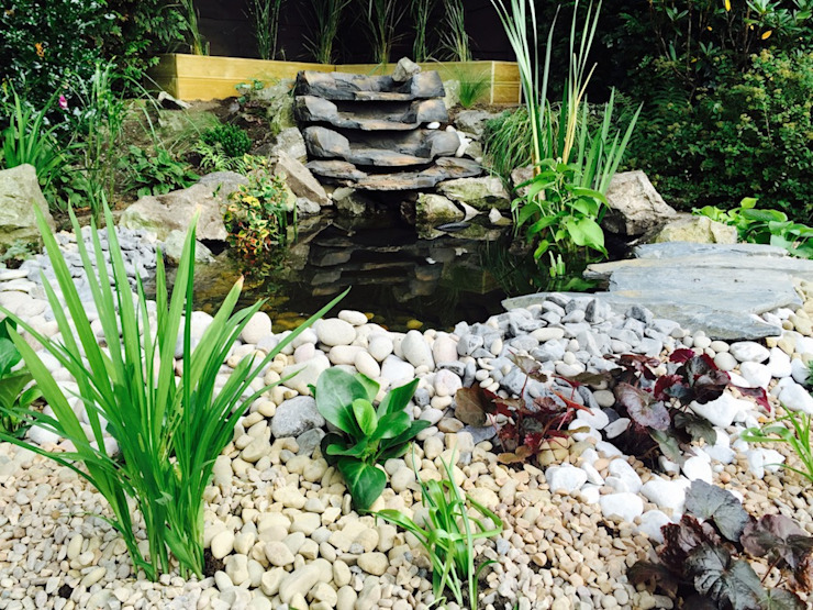 Water Feature Design:  Garden by Garden Ninja Ltd,