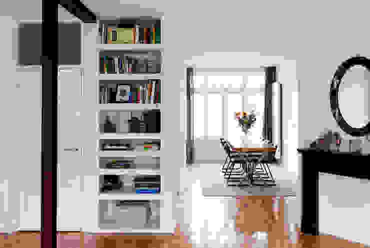 BAARSJES RENOVATION Moderne woonkamers van Kevin Veenhuizen Architects Modern Hout Hout