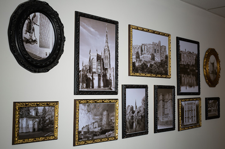Picture Frame Wall من Gracious Luxury Interiors حداثي