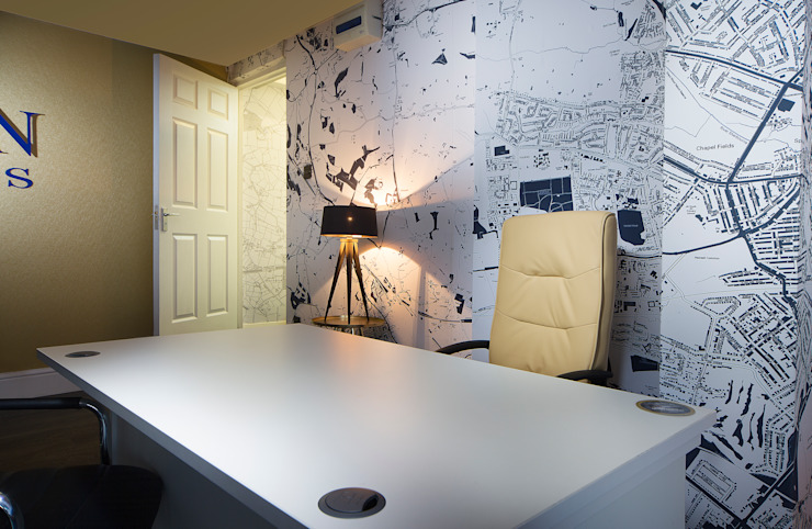 Desk And Map Wall Gracious Luxury Interiors Office buildings