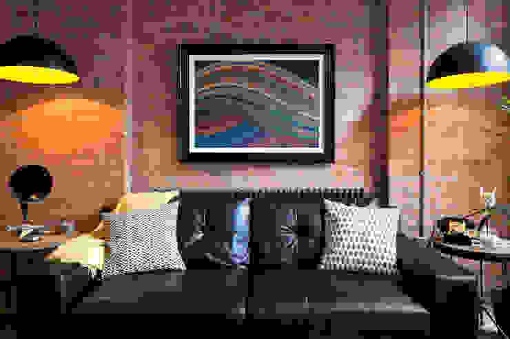 Britannia Row bởi Orchestrate Design and Build Ltd. Hiện đại