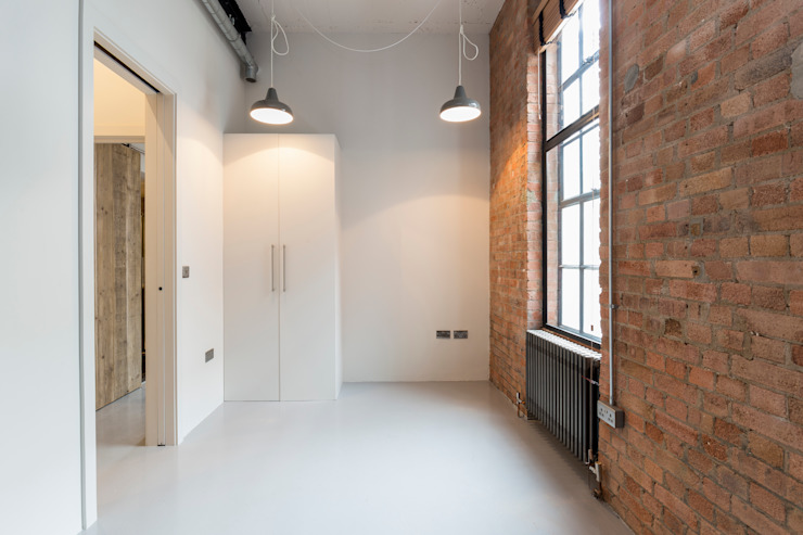 Britannia Row Modern Corridor, Hallway and Staircase by Orchestrate Design and Build Ltd. Modern
