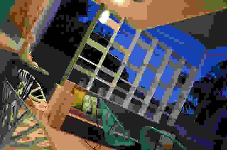 Terrazas de estilo  por Workshop, diseño y construcción,