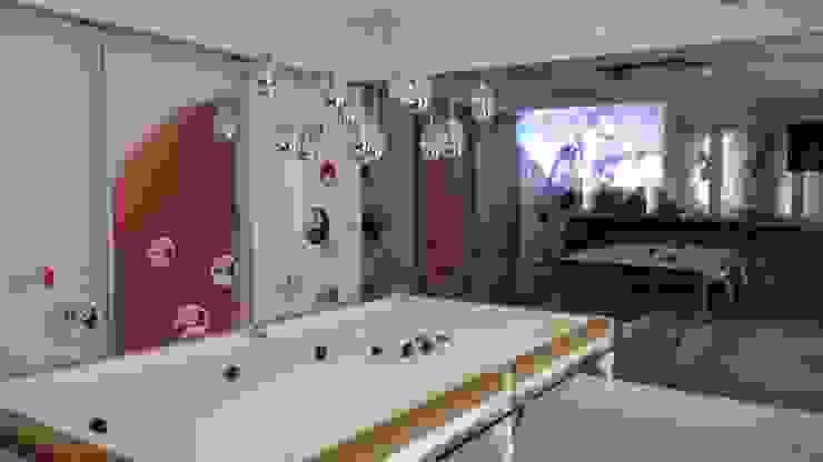 Modern Media Room by Ivonete Teixeira Arquitetura Modern