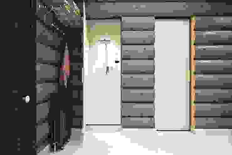Industriële badkamers van Дизайн студия Алёны Чекалиной Industrieel