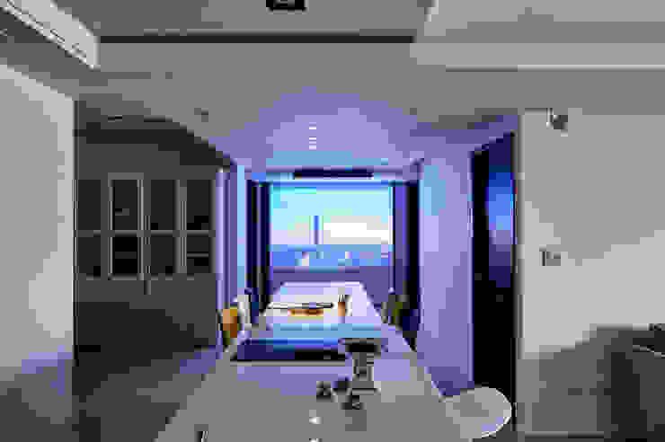 餐廳變身視聽享樂區 根據 青瓷設計工程有限公司 日式風、東方風