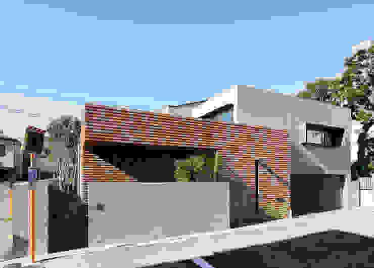 Casas de estilo  por カトウアーキテクトオフィス, Moderno