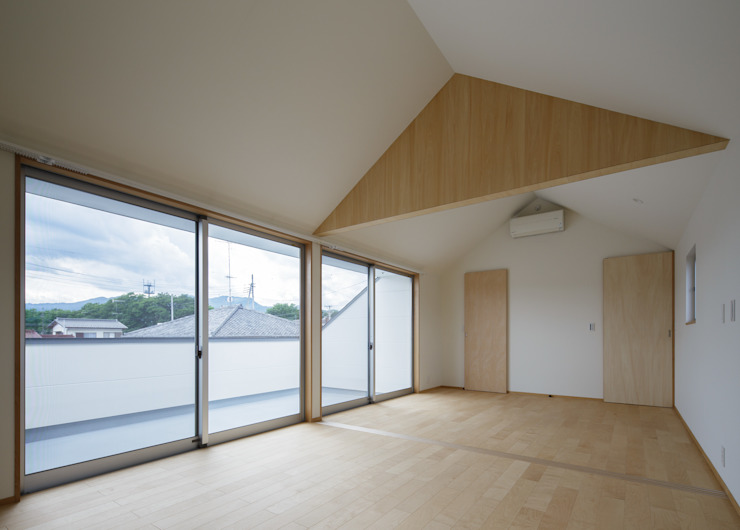 Modern Bedroom by カトウアーキテクトオフィス Modern
