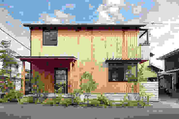 Houses by こぢこぢ一級建築士事務所,