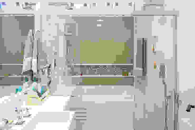 حمام تنفيذ Joana França