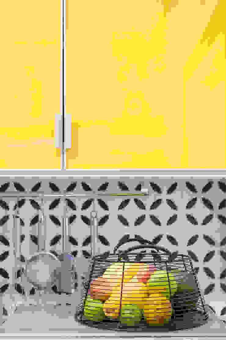 Joana França Cocinas de estilo moderno