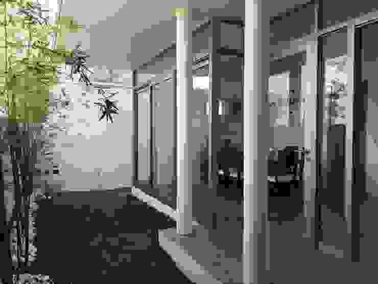 Jardines de estilo  por Cahtal Arquitectos