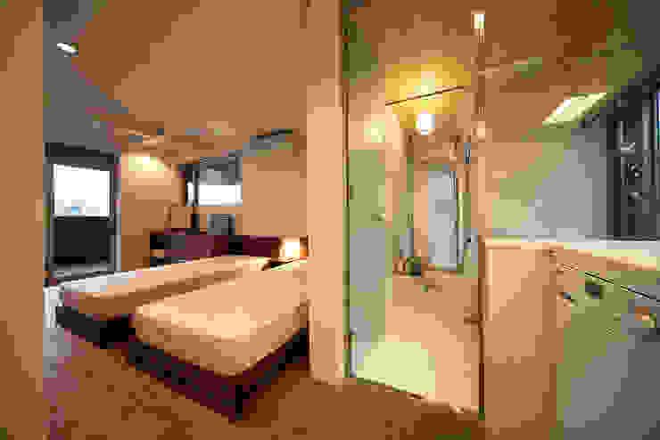 haus-kuro 北欧スタイルの お風呂・バスルーム の 一級建築士事務所haus 北欧 タイル