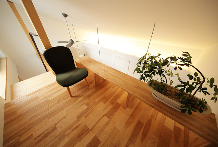 haus-gap 北欧デザインの 多目的室 の 一級建築士事務所haus 北欧 木 木目調