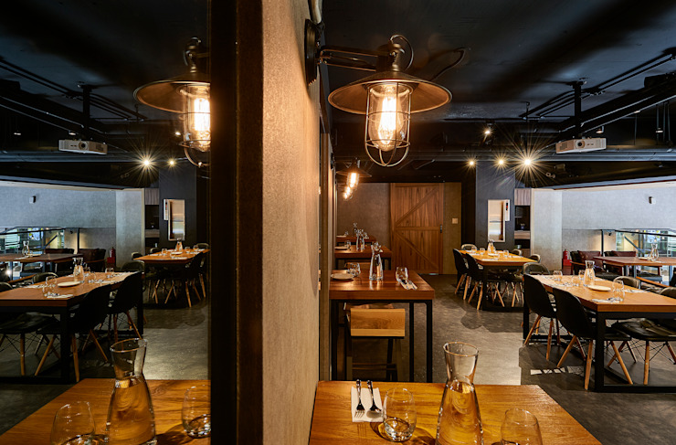 暖黃燈光減壓、舒心,用餐更悠閒 根據 青瓷設計工程有限公司 工業風