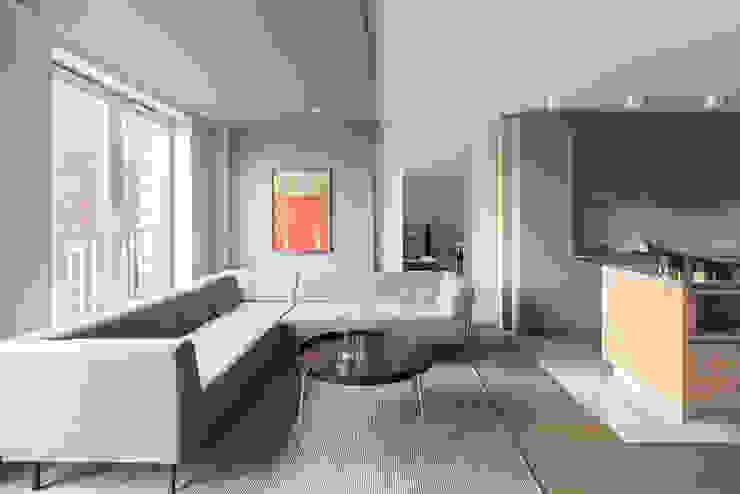 Finchstudio Modern living room