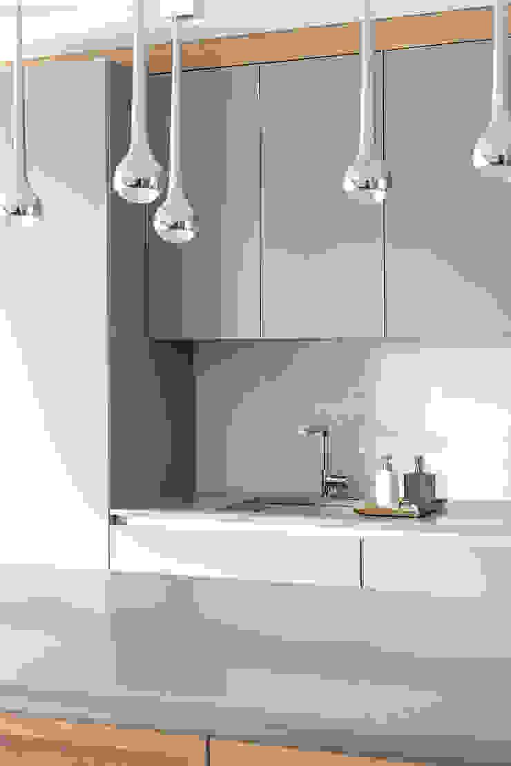 Finchstudio Кухня в стиле модерн
