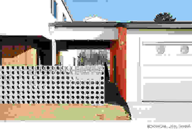 Nhà để xe/nhà kho phong cách hiện đại bởi 소하 건축사사무소 SoHAA Hiện đại