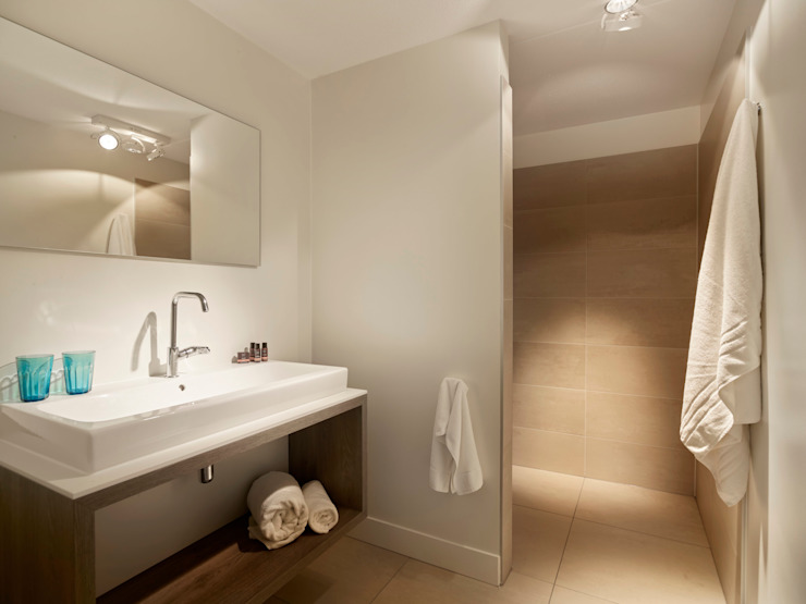 Hinabaay Moderne Badezimmer