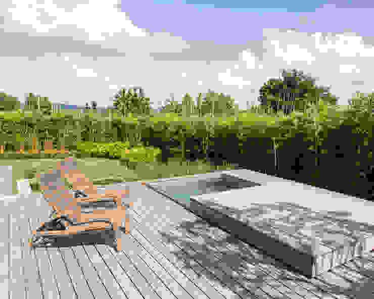 Terrazas de estilo  por meier architekten zürich, Moderno Madera Acabado en madera