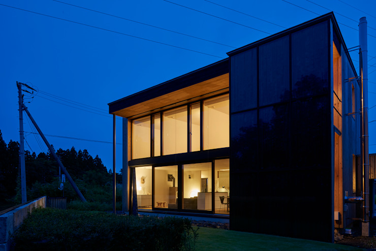 Modern windows & doors by 株式会社山崎屋木工製作所 Curationer事業部 Modern Wood Wood effect