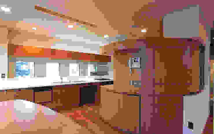 Cocinas de estilo mediterráneo de 豊田空間デザイン室 一級建築士事務所 Mediterráneo