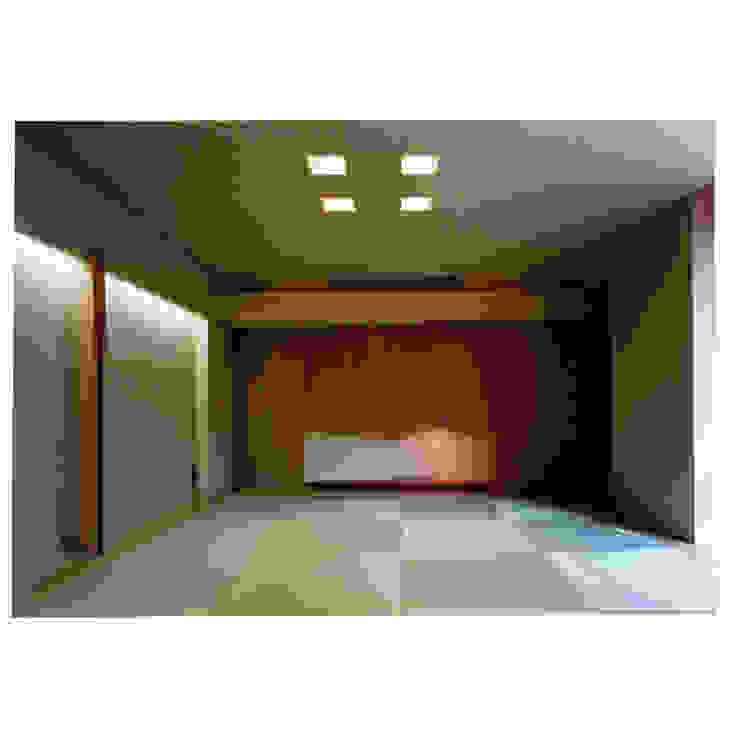 Salas multimedia de estilo mediterráneo de 豊田空間デザイン室 一級建築士事務所 Mediterráneo