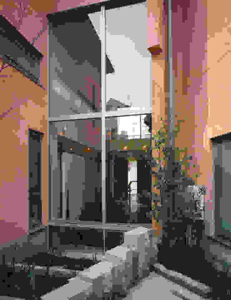 Jardines de estilo mediterráneo de 豊田空間デザイン室 一級建築士事務所 Mediterráneo