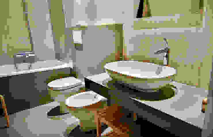 Industrial style bathroom by ikare Industrial