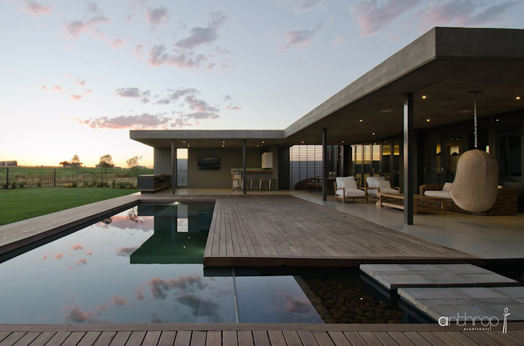 Piscinas de estilo moderno de Anthrop Architects Moderno