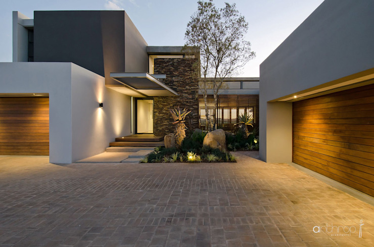 Casas de estilo  de Anthrop Architects, Moderno