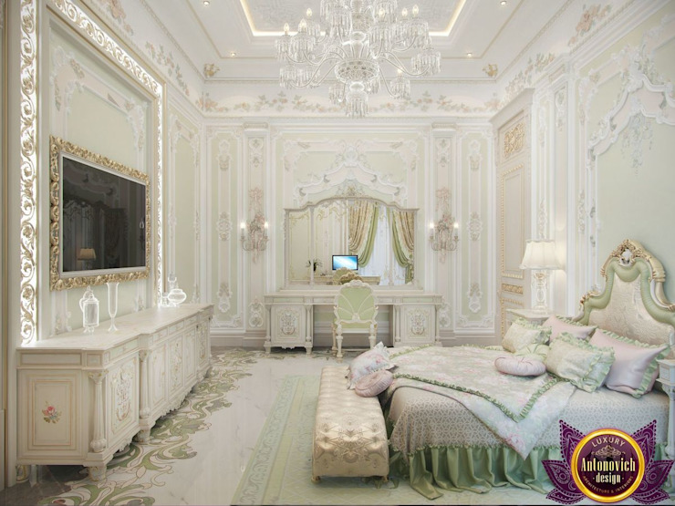 Master bedroom design ideas of Katrina Antonovich Luxury Antonovich Design Classic style bedroom