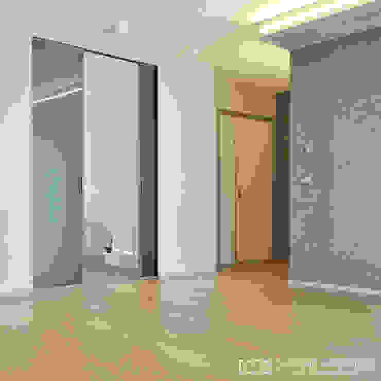 CASA RA0 di CORFONE + PARTNERS studios for urban architecture Moderno