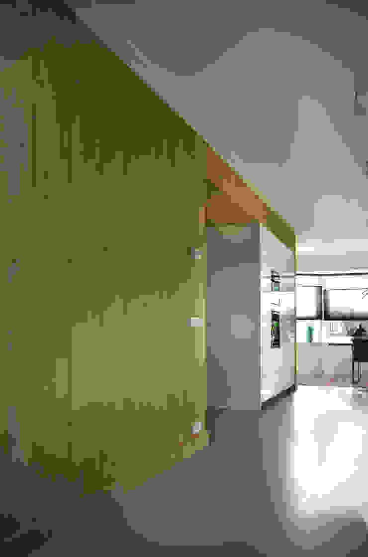 modern  by Joep Schut, interieurmaker, Modern Wood Wood effect