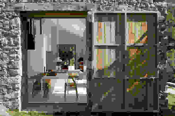 Modern style gardens by ÁBATON Arquitectura Modern